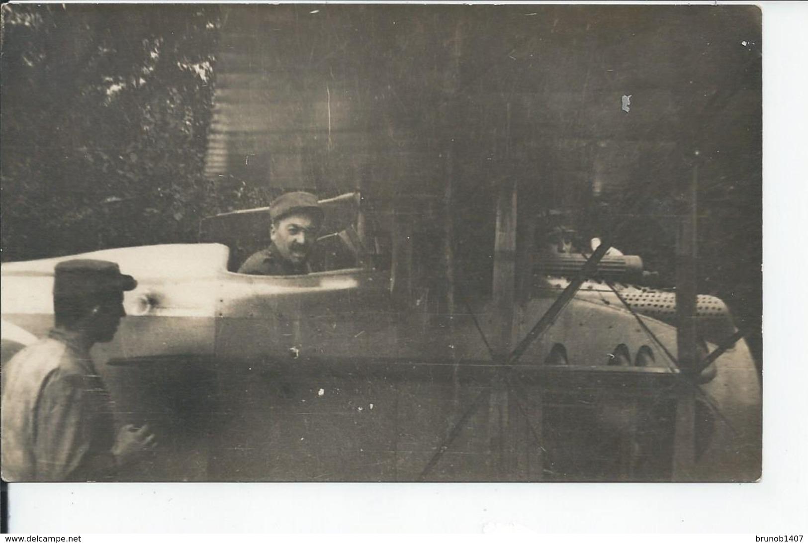 CARTE PHOTO SUR L'OISEAU BLEU  Chairiad  1916 AVIATION - France