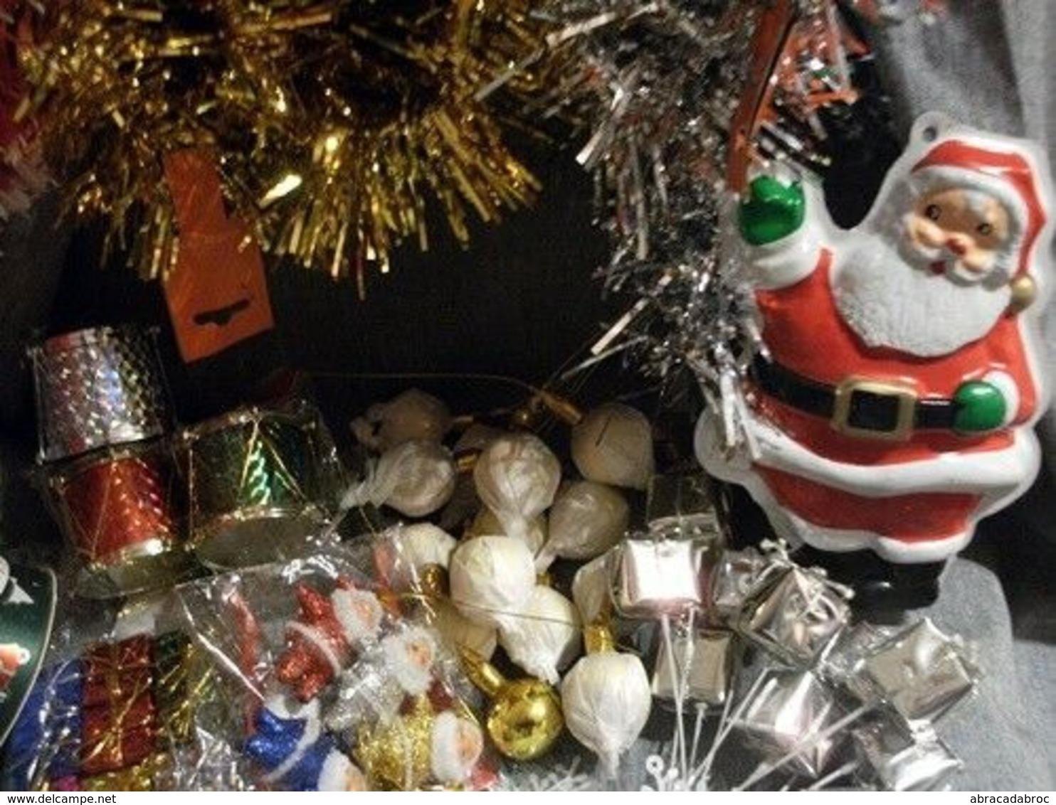 Lot Articles Decoration Fetes Noel : Pere Noel - Boules Guirlandes Et Decos - Kerstversiering