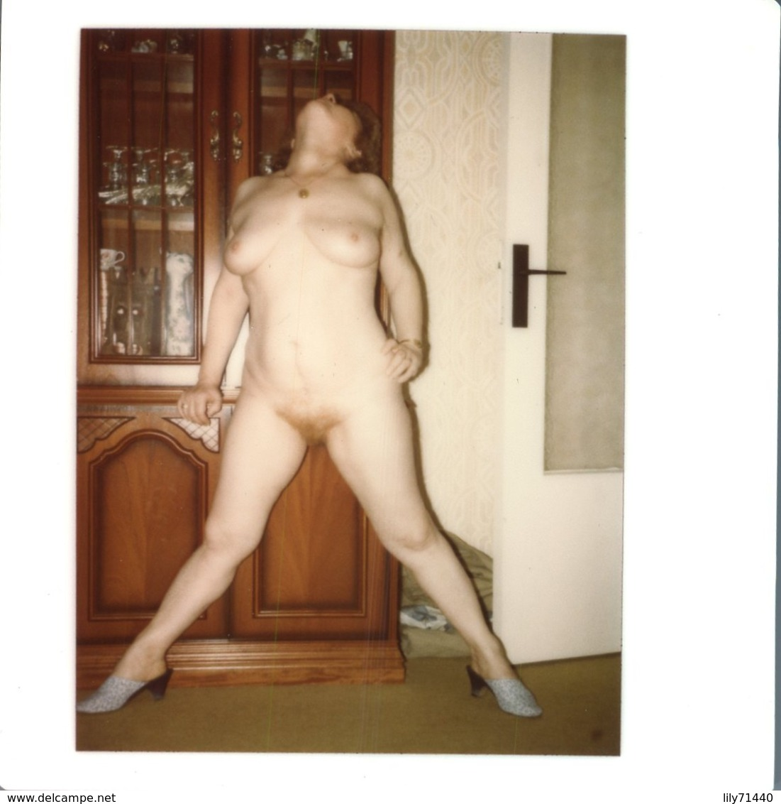 PHOTO ORIGINALE AMATEUR POLAROID FEMME NU EROTISME EROTICISM NAKED WOMAN FEMME SEINS NUS NUDE BAS CURIOSA - Belleza Feminina (1941-1960)