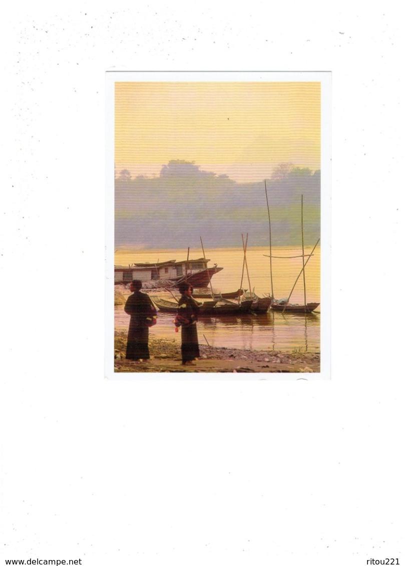 GRANDE Cpm - NORD-LAOS - OMBRES - Laotiene - BORD DU MEKONG - - Laos