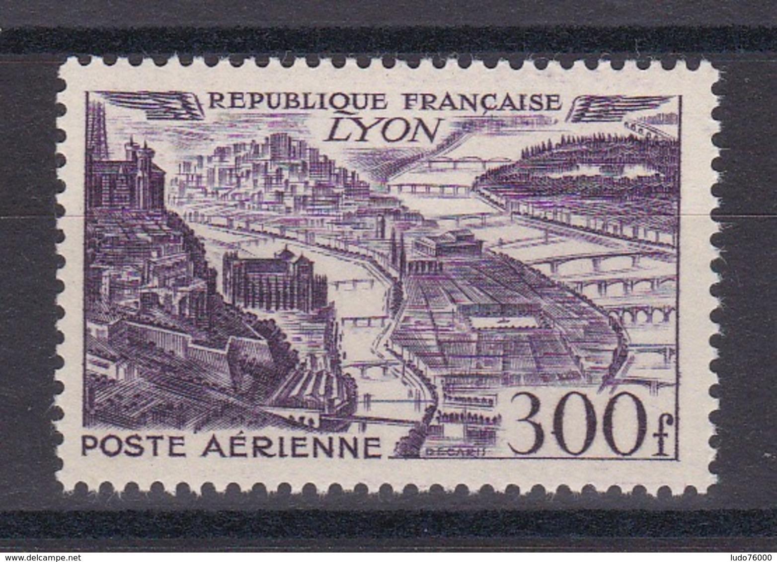 CP 151/ POSTE AERIENNE / N° 26 NEUF** COTE 20€ - France