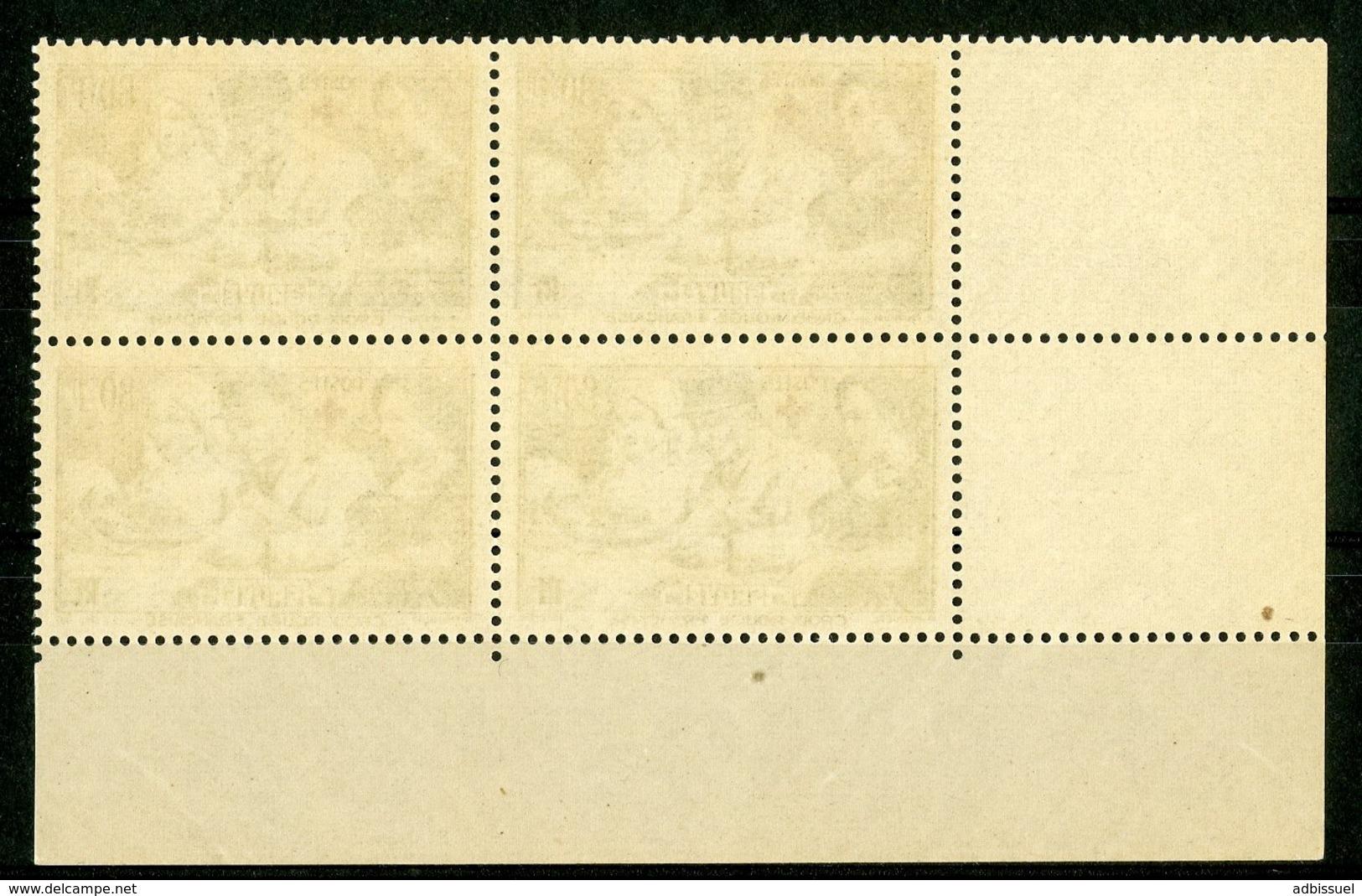 """N° 459 ** (MNH) Cote 60 €. Coin Daté Du 27/4/40. Bloc De Quatre """"Croix Rouge, Au Profit Des Blessés"""". - Ecken (Datum)"""