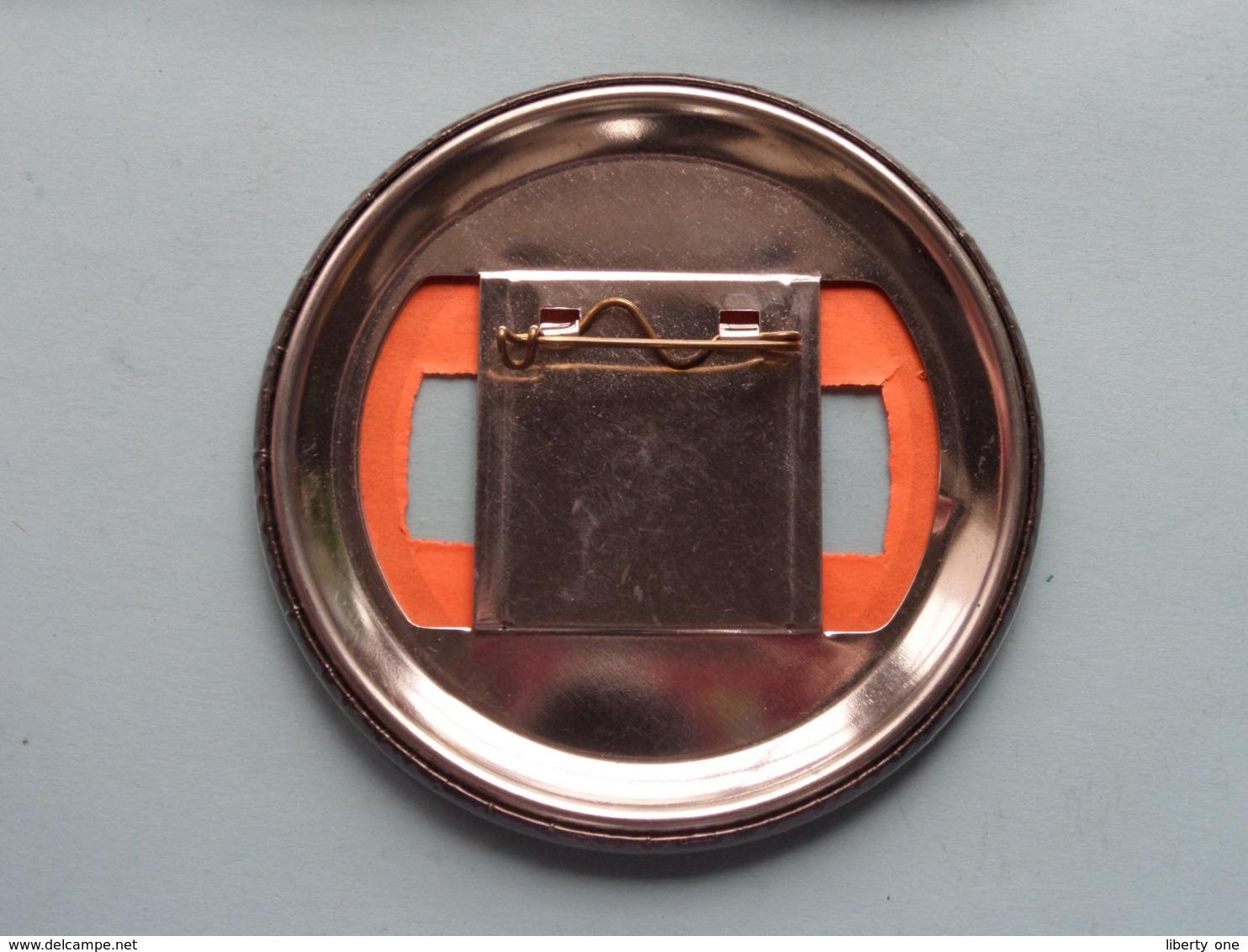 DIXIELAND JUBILEE 1980 - OLD SACRAMENTO (U.S.A.) : Speld / Badge ( See / Voir Photo ) +/- 9 Cm. ! - Musique & Instruments