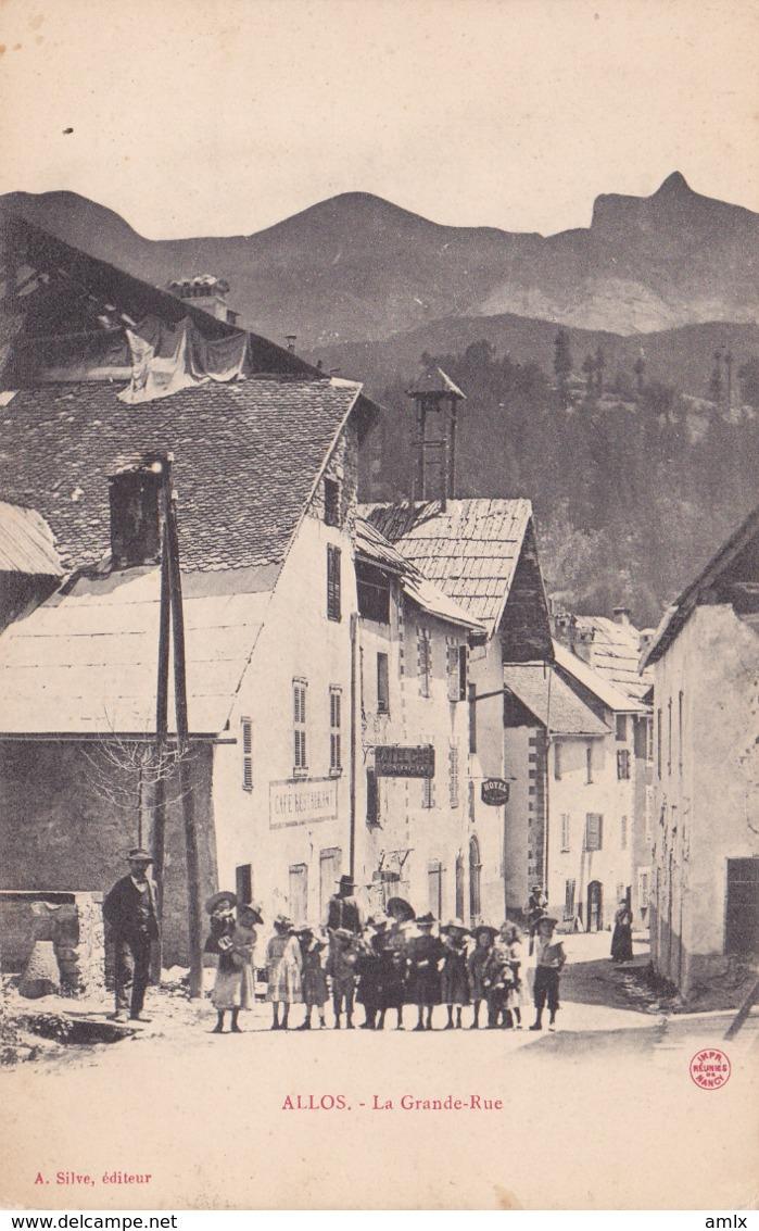 05. Allos. La Grande Rue. écrite Tbe - France
