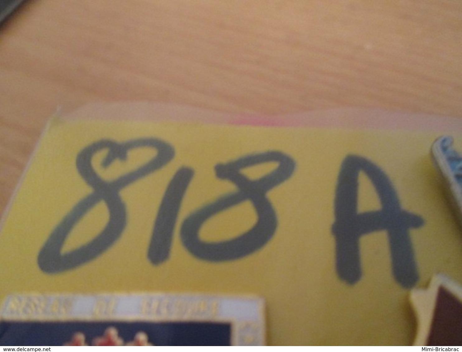 818A Pin's Pins : BEAU ET RARE : Thème POMPIERS / SAPEURS POMPIERS SIERCK INCENDIE LORRAINE - Brandweerman