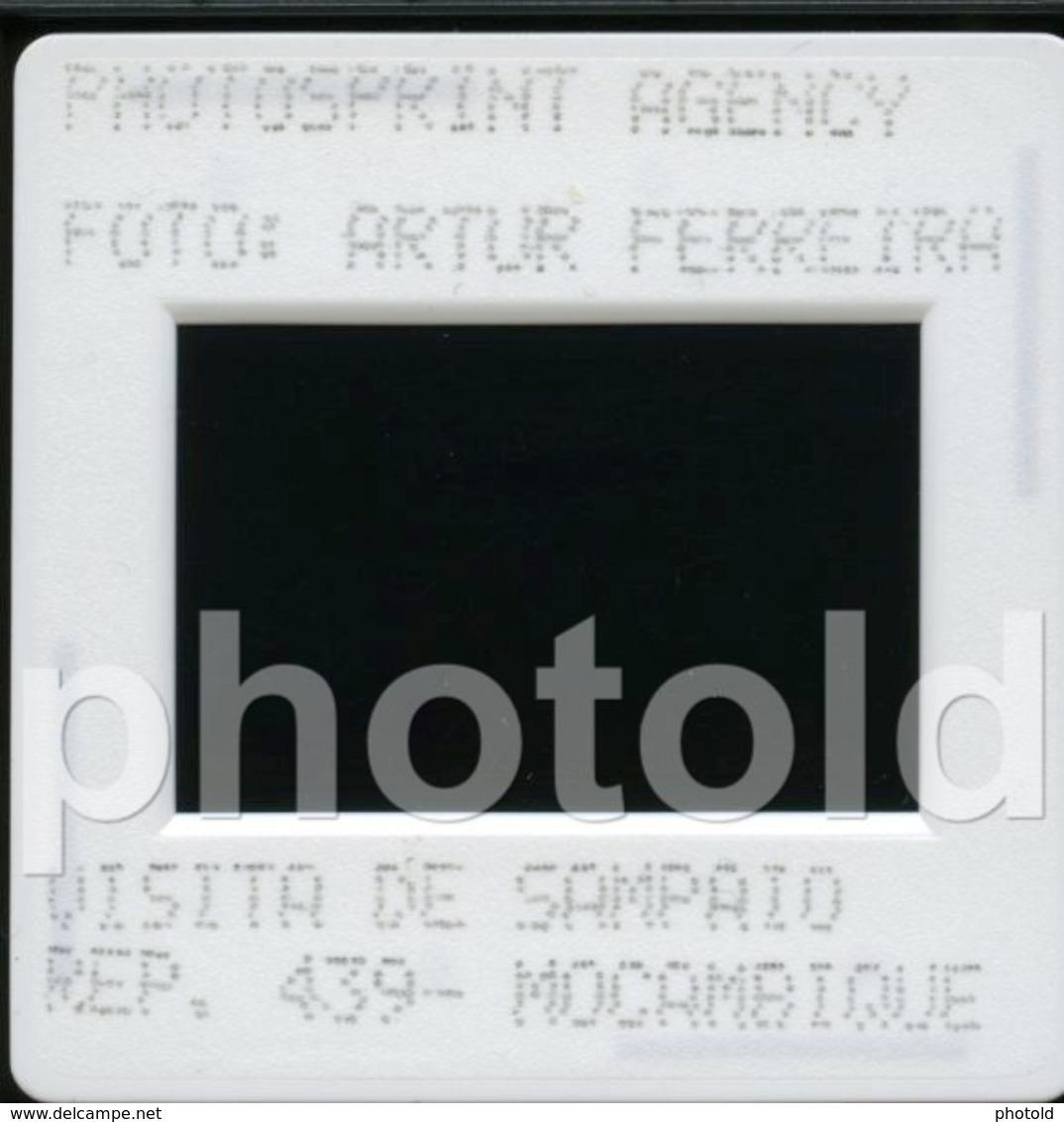 1997 PRESIDENTE PORTUGAL VISITA MOZAMBIQUE PLANE TAP AFRICA AFRIQUE 35mm PRESS DIAPOSITIVE SLIDE Not PHOTO No FOTO B4923 - Diapositives