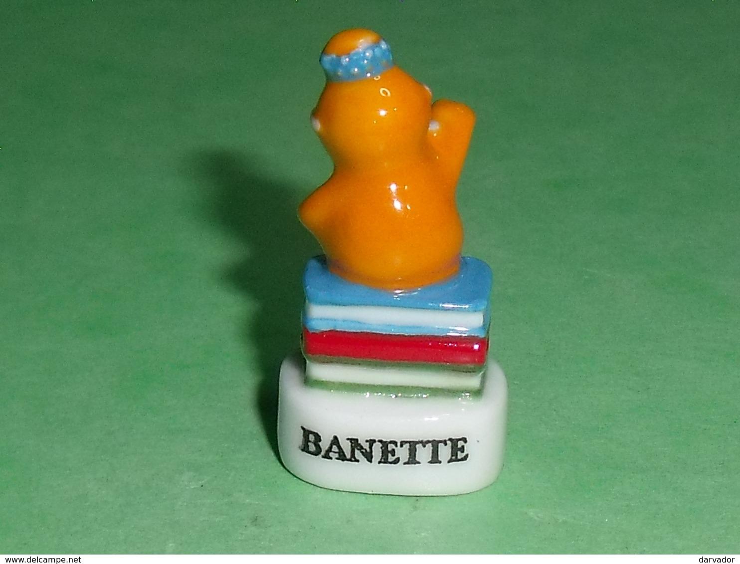 "Fèves / Film / BD / Dessins Animés : Barbapapa , Barbotine "" Banette ""    T7 - Cartoons"