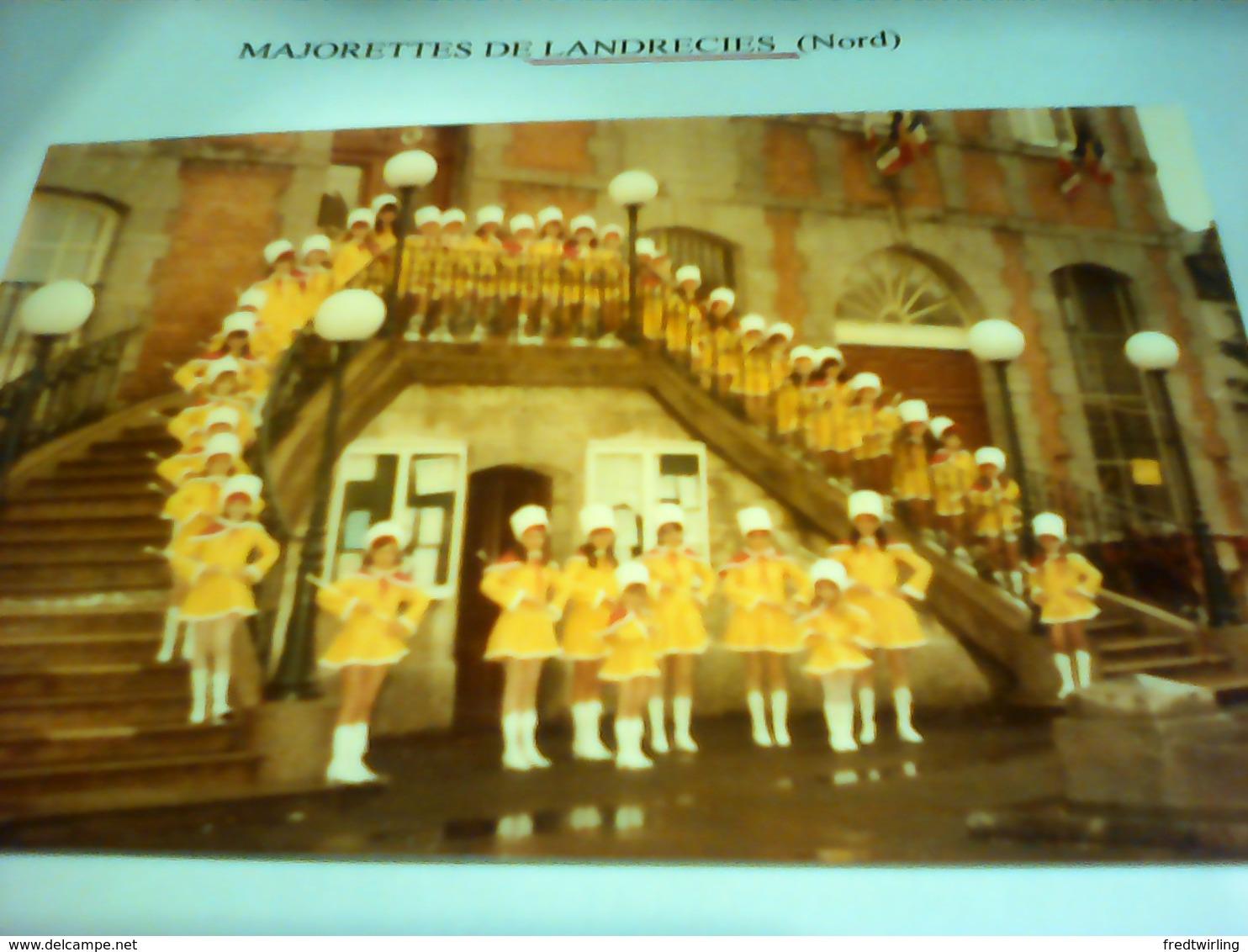 PHOTO MAJORETTES LANDRECIES 59 NORD - Repro's