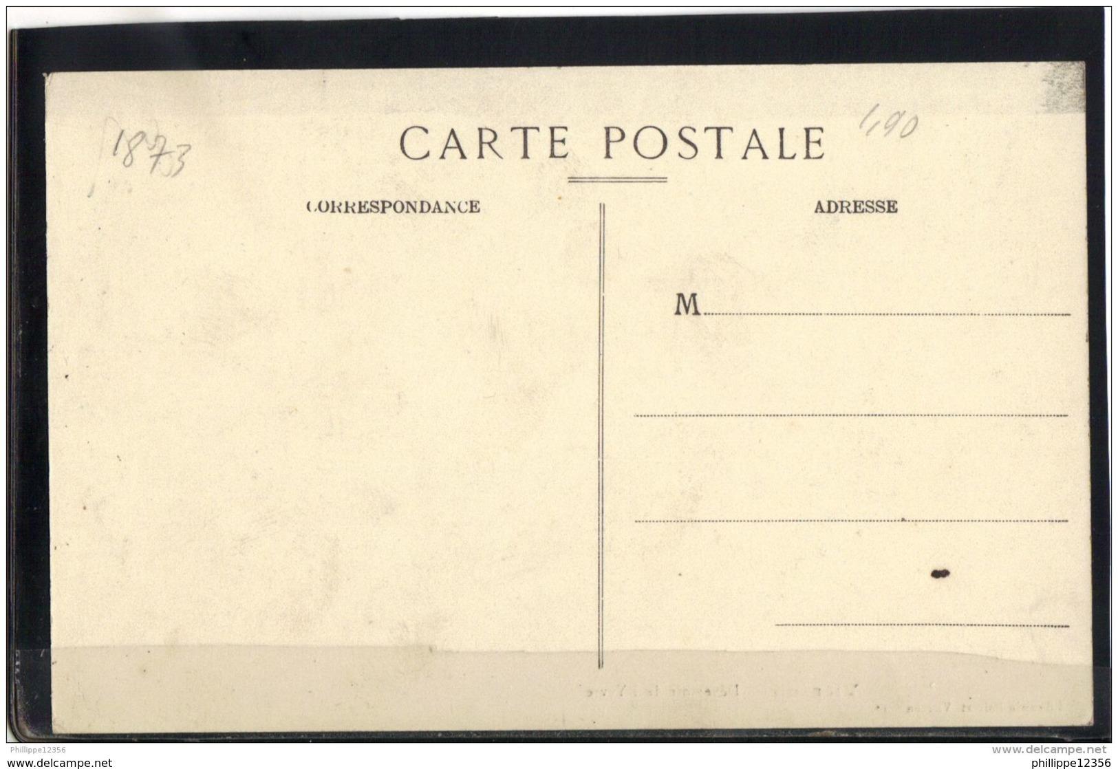 1873 . VIERZON . DEVERSOIR DE L YEVRE . ANIMATION - Vierzon