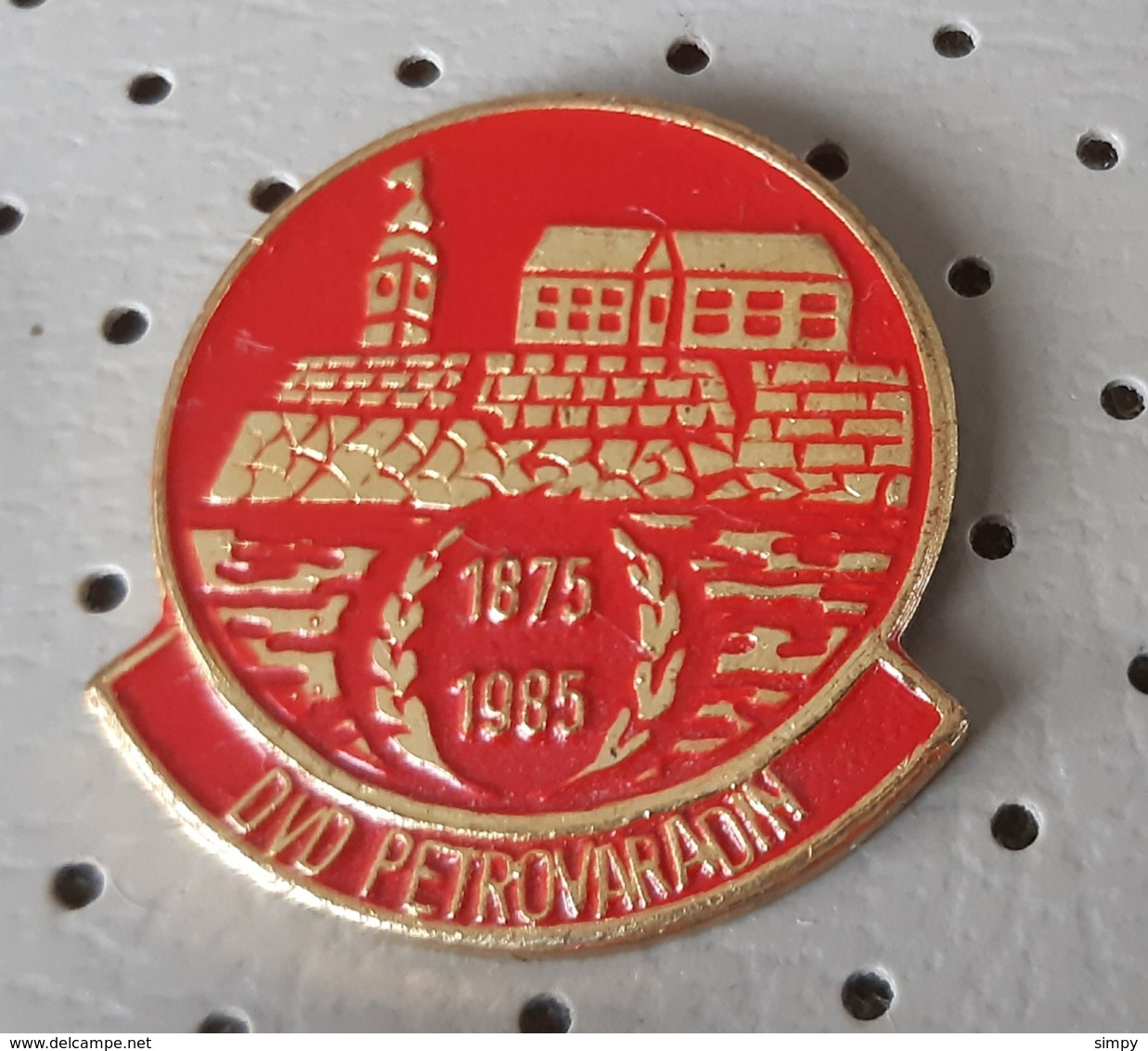 Fireman / Firefighter Fire Brigade DVD Petrovaradin Serbia Ex Yugoslavia Pin - Bomberos