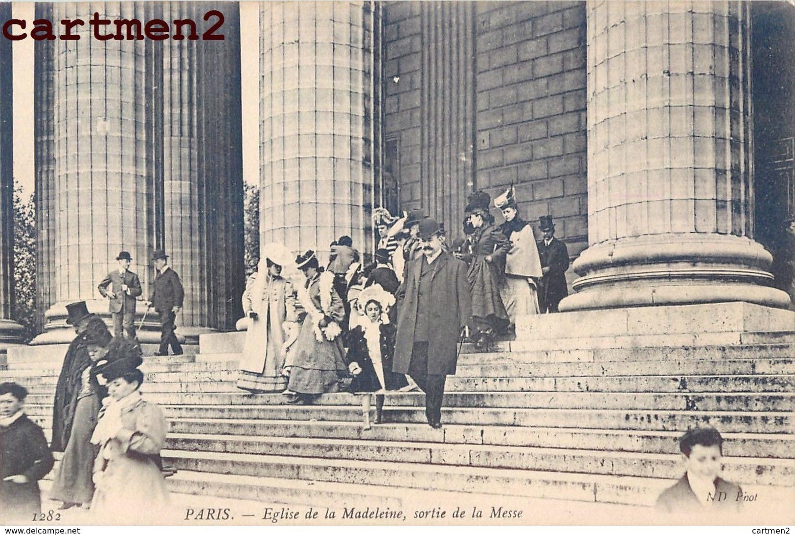 PARIS EGLISE DE LA MADELEINE SORTIE DE LA MESSE 75008 - District 08