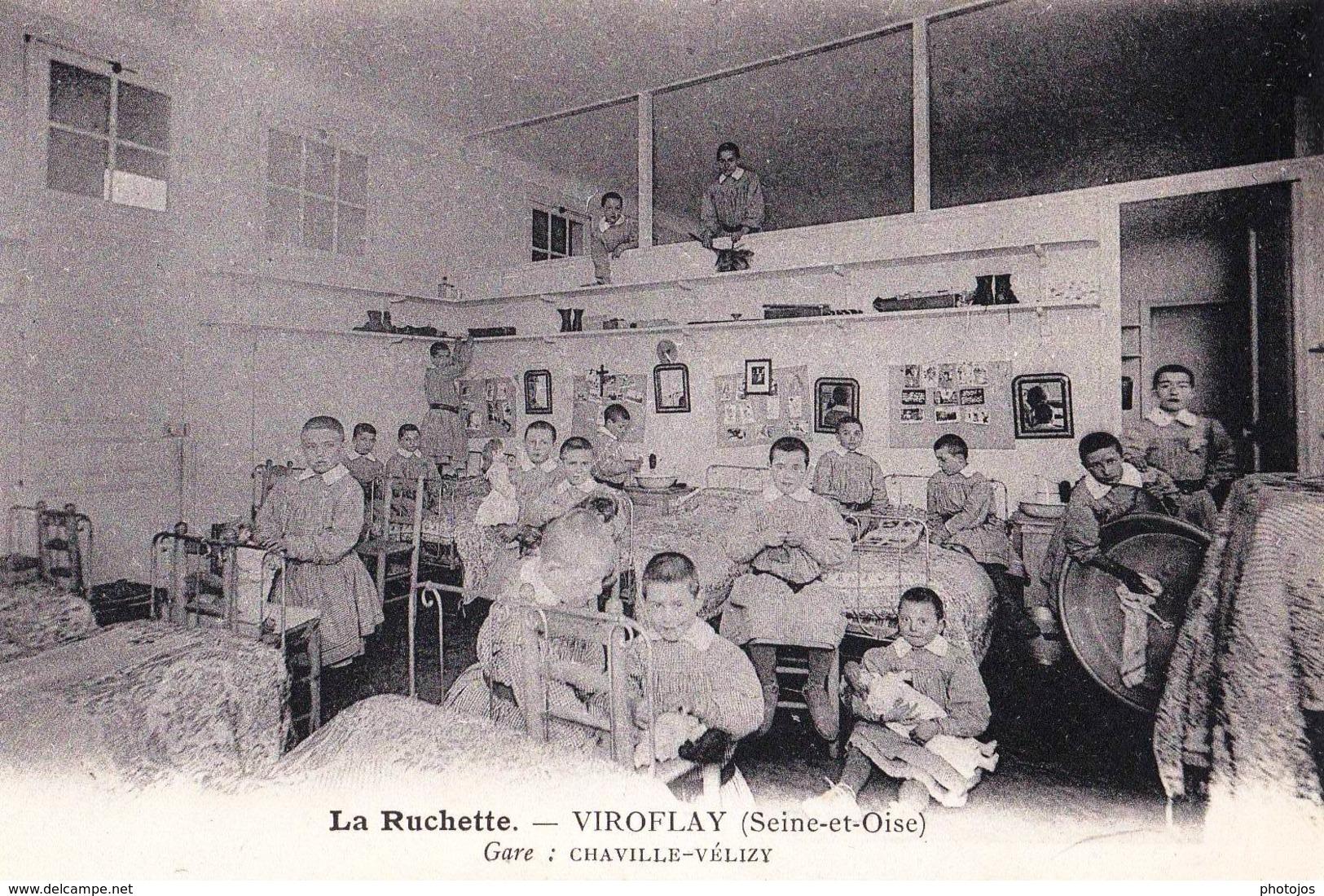 CPA  Pouponnière Crèche Ouvrière De Velizy Viroflay (78) La Ruchette  Enfants Et Poupées - Children And Family Groups