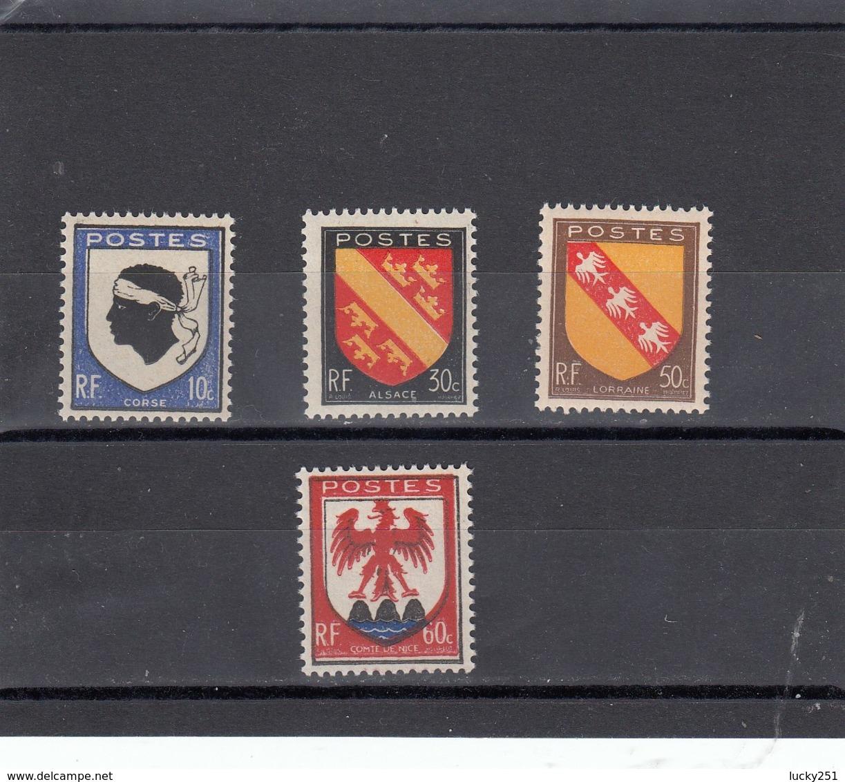 France - 1946 - N° YT 755/58** - Armoiries De Provinces - Francia