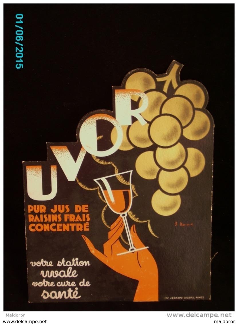 POC1    017  ..FEMME  ET  UVOR  Jus De Raisin  Signé BONARD  1930 /. Carton 42x32 .à Découpe PARFAIT ETAT  AZEMARD NIMES - Placas De Cartón