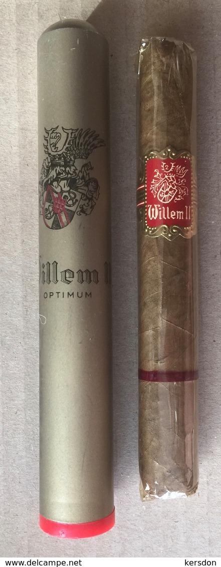 Cigare De Marque WILLEM II Avec Son Tube En Aluminium - Cigar Cases
