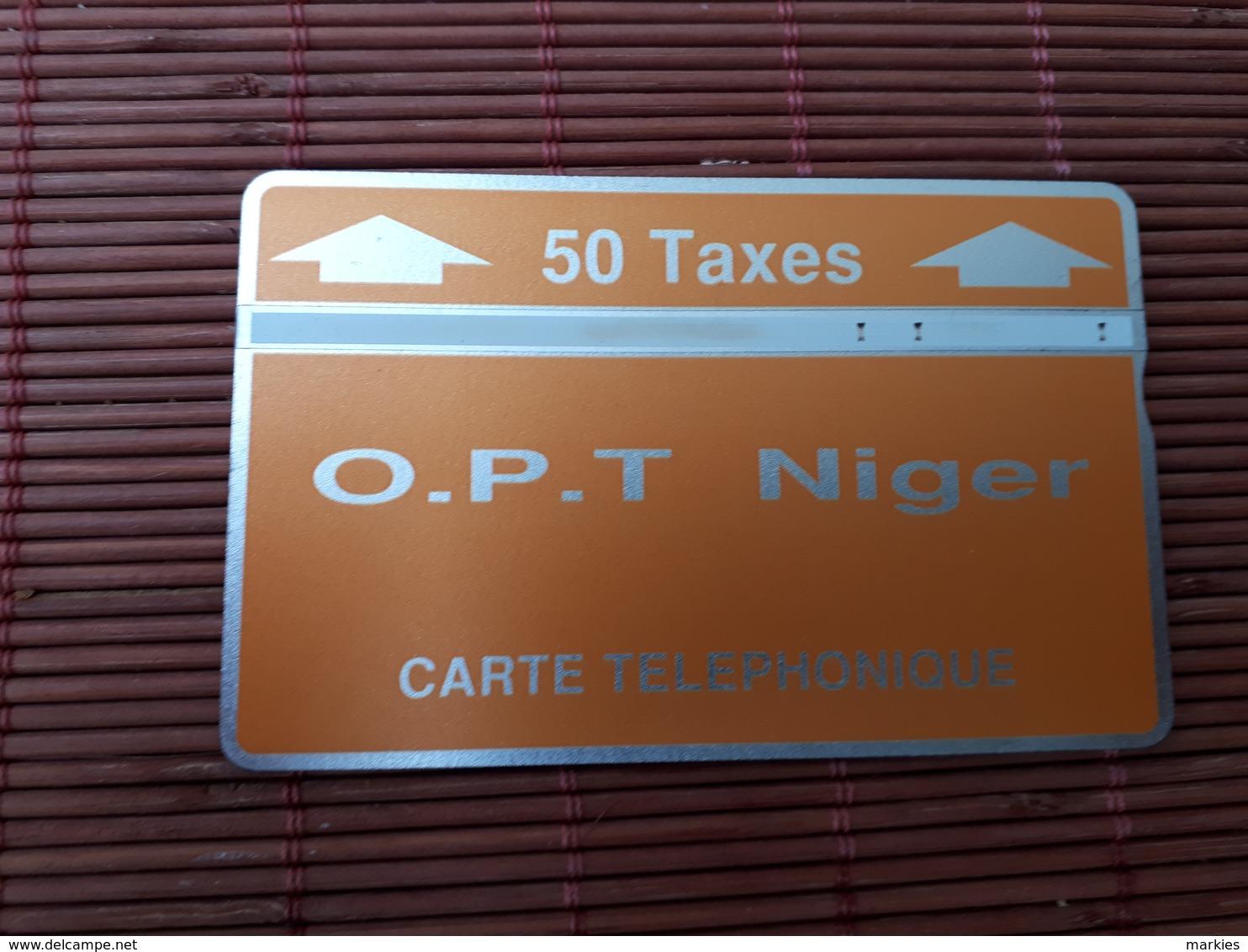 Landis & Gyr Phonecard Niger 208B 07523 Used Some Little Mark On Right Corner Backside Card Rare - Niger