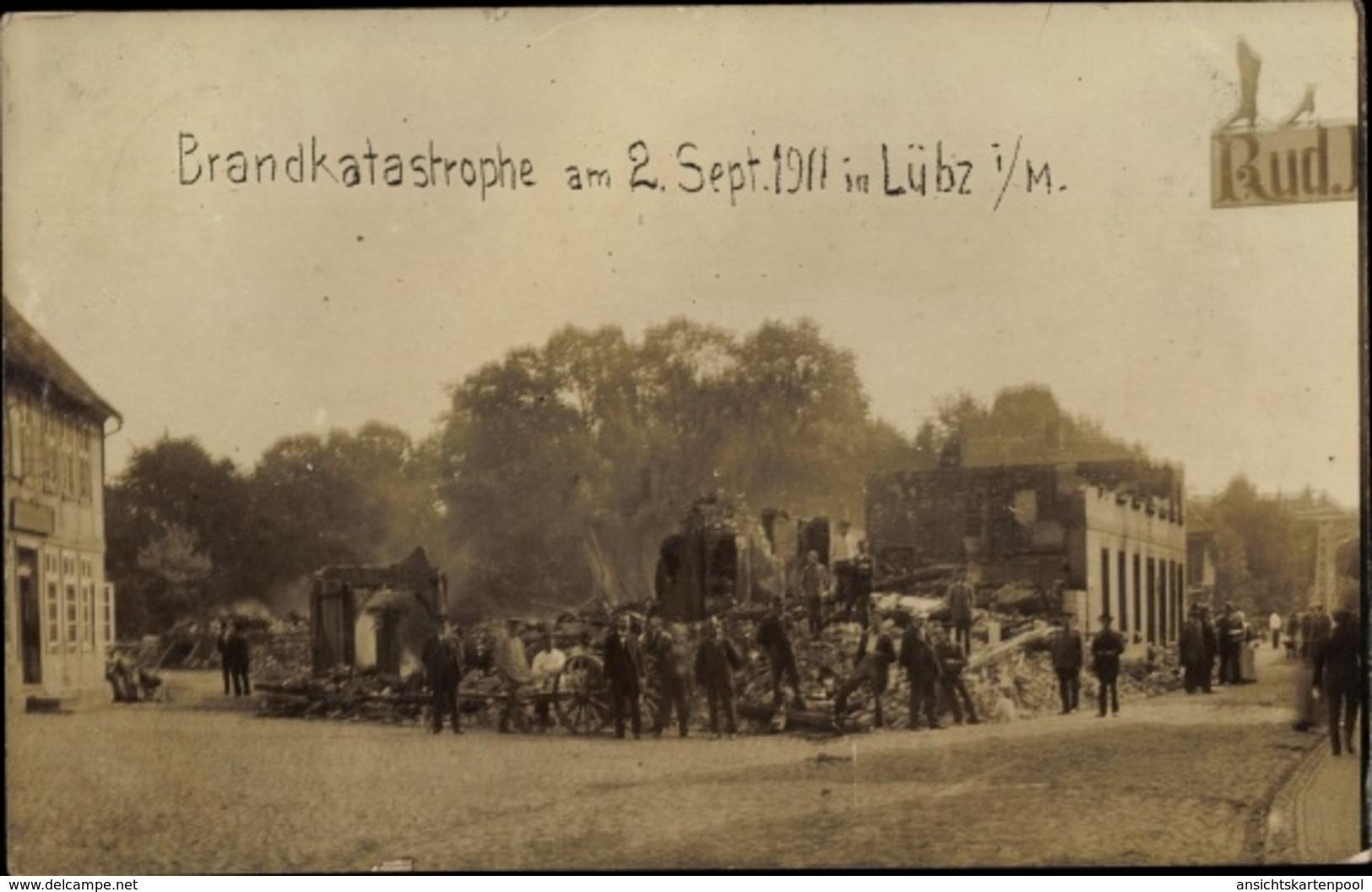 Photo Cp Lübz In Mecklenburg, Brandkatastrophe 1911, Gebäuderuine - Deutschland