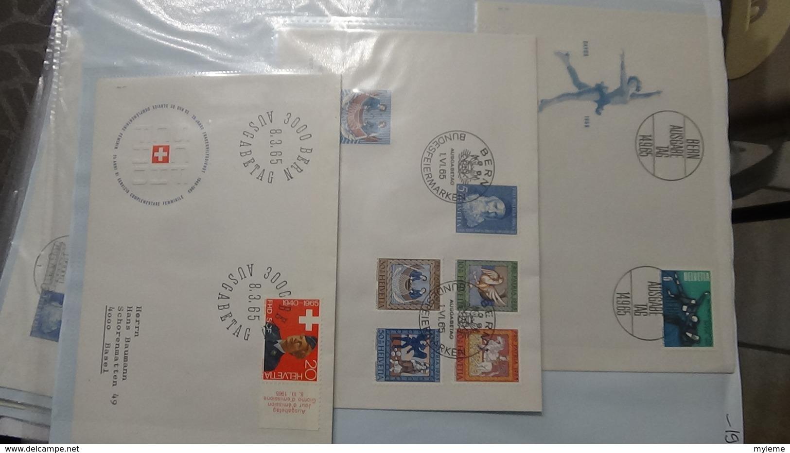 Lot De 57 Enveloppes 1er Jour Et Autres De Suisse. A Saisir !!! - Timbres