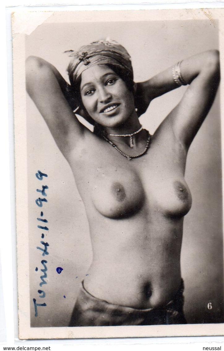Foto Pequeña Mujer Tunez 1949.-1 - Belleza Feminina (1941-1960)