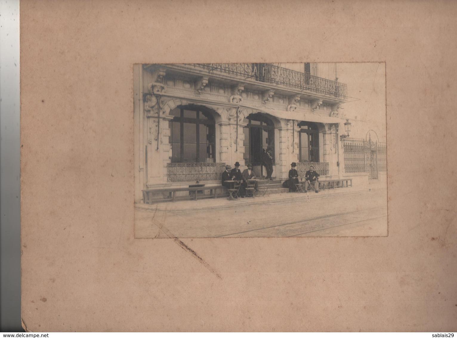 Photo Sur Carton Les Sables D Olonne Grand Café De La Plage Vers 1900 - Sables D'Olonne