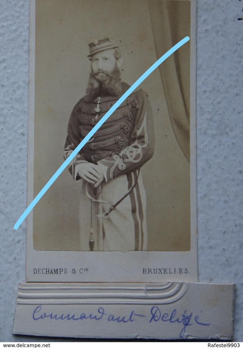 Photo CDV Circa 1865 Officier Armée Belge ABL Cavalerie Sabre Photographe DECHAMPS Bruxelles Belgische Leger Militaria - Oud (voor 1900)