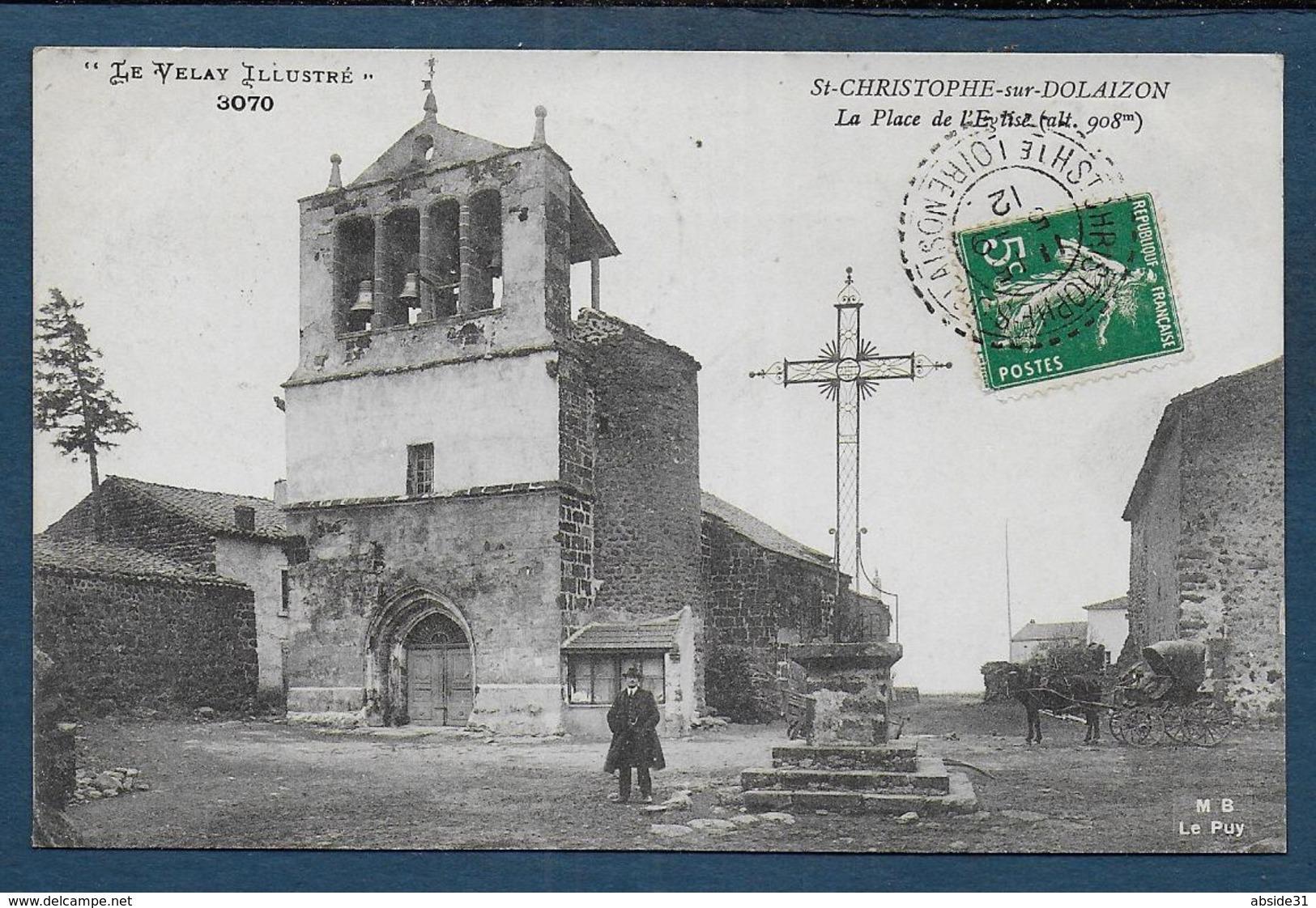 ST CHRISTOPHE SUR DOLAISON - La Place De L'Eglise - Andere Gemeenten