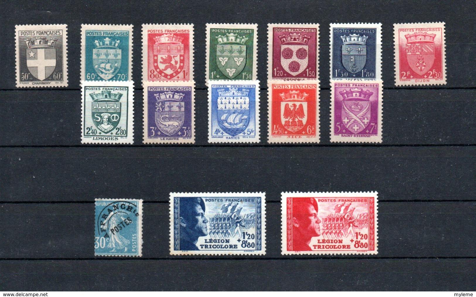 Lot De Timbres **. Côte 505 Euros. A Saisir !!! - Collections (en Albums)