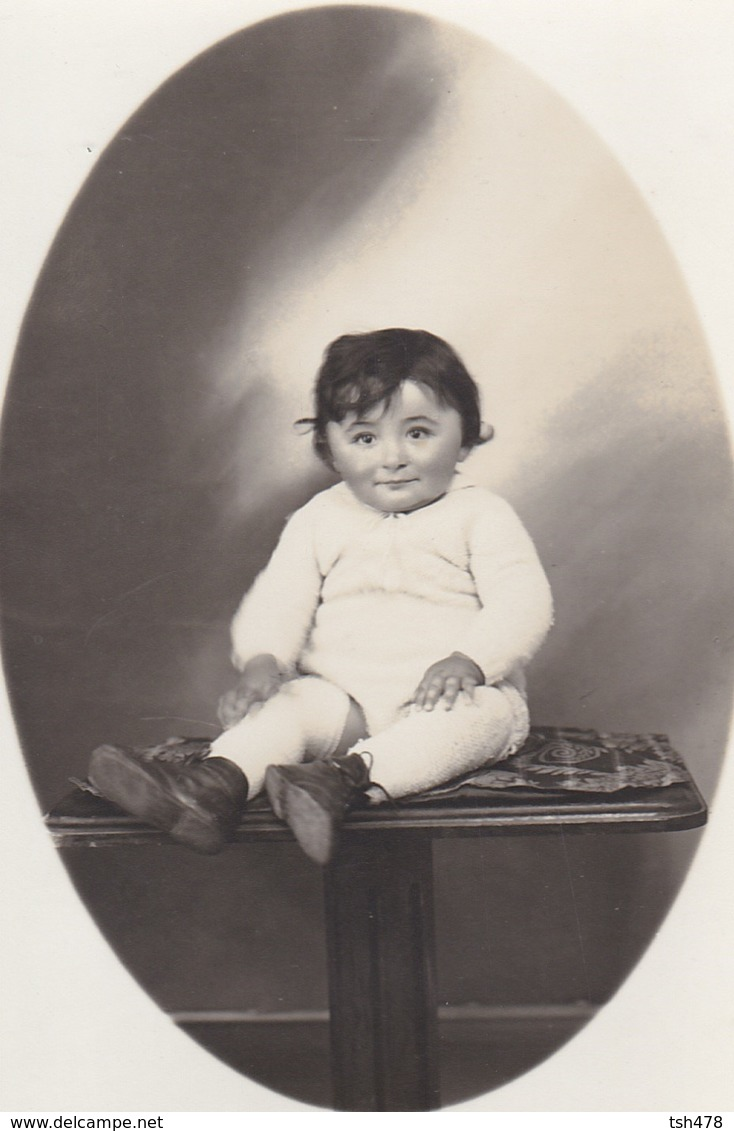CARTE-PHOTO---- Portrait Du Bébé--voir 2 Scans - Neonati