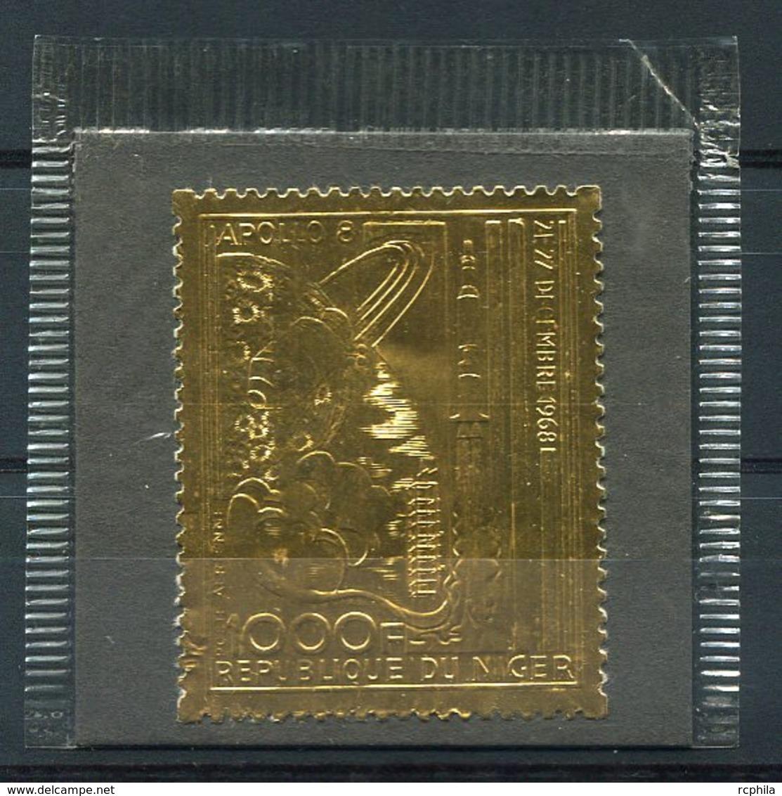 RC 14901 NIGER TIMBRE EN OR - GOLD STAMP APOLLO 8 ESPACE SPACE DANS SA POCHETTE D'ORIGINE NEUF ** MNH TB - Niger (1960-...)