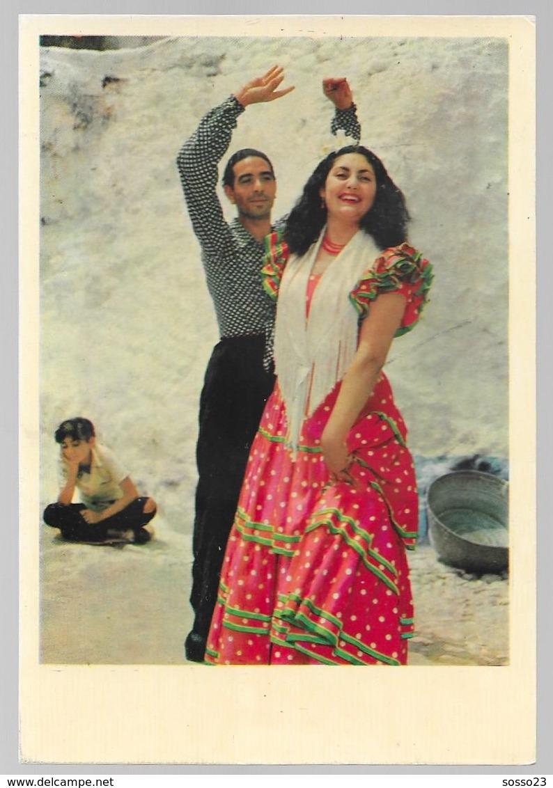 Grotte Des Amaya Dans Le Sacromonte Granada, Danse, Folklore, Habits, Couple - Granada