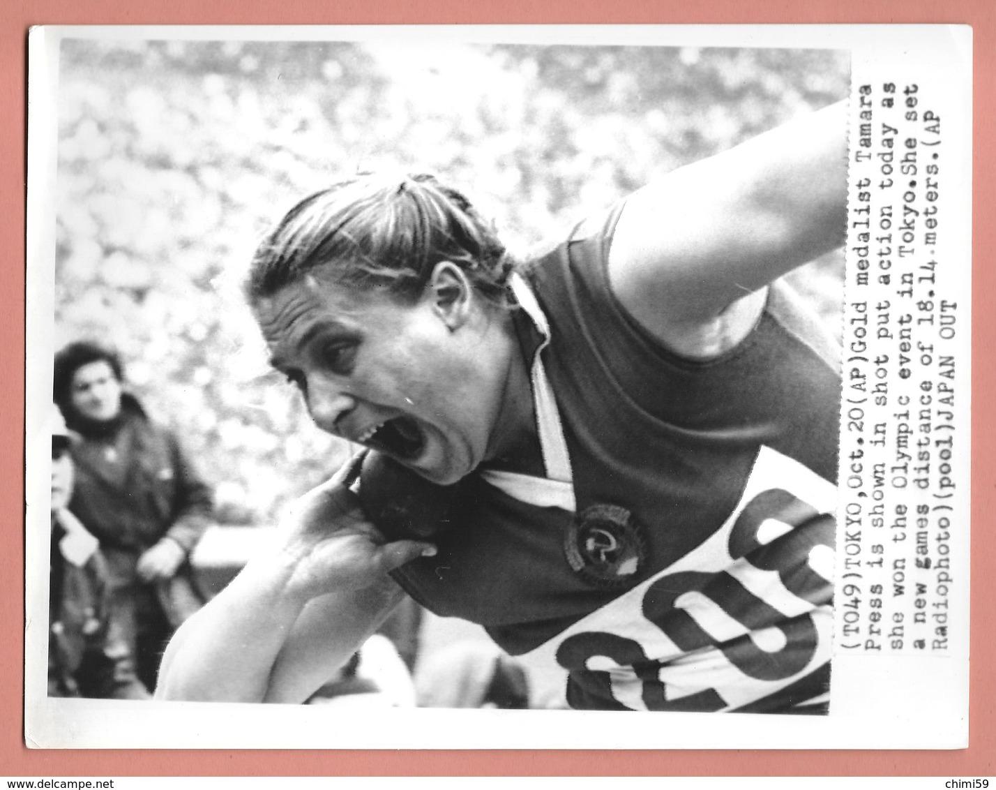 PHOTO PRESS -  LANCIO DEL PESO - Tamara Andreevna Tyškevič ?????? URSS -  TOKYO - Sport