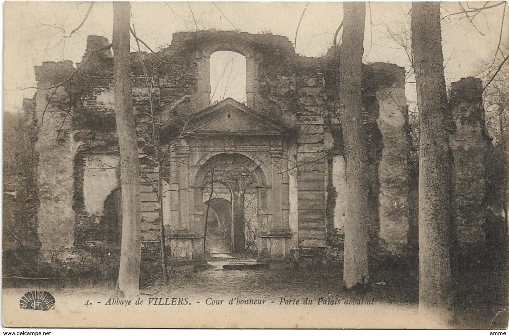 Villers-la-Ville  *  Abbaye De Villers - Cour D'honneur - Porte Du Palais Abbatial - Villers-la-Ville