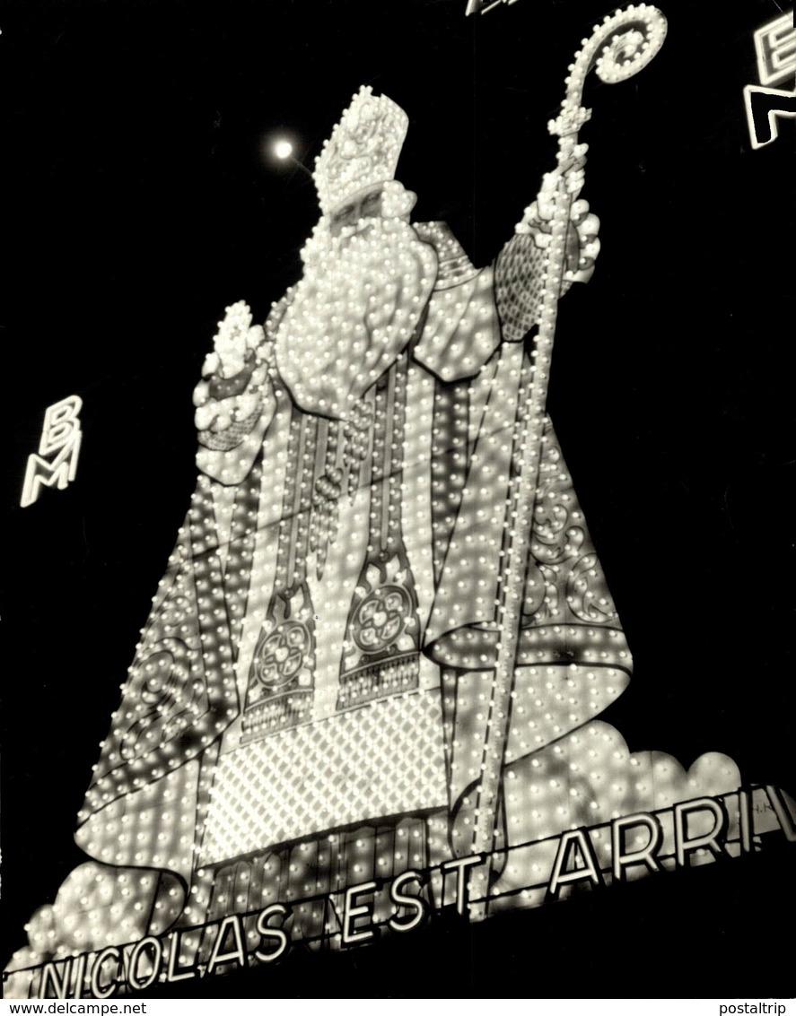 SINTERKLAAS ST NICOLAS EST ARRIVÉ1951    20*18 Cm Sinterklaas Sint Nicolaas San Nicolás Nikolaus - Berühmtheiten