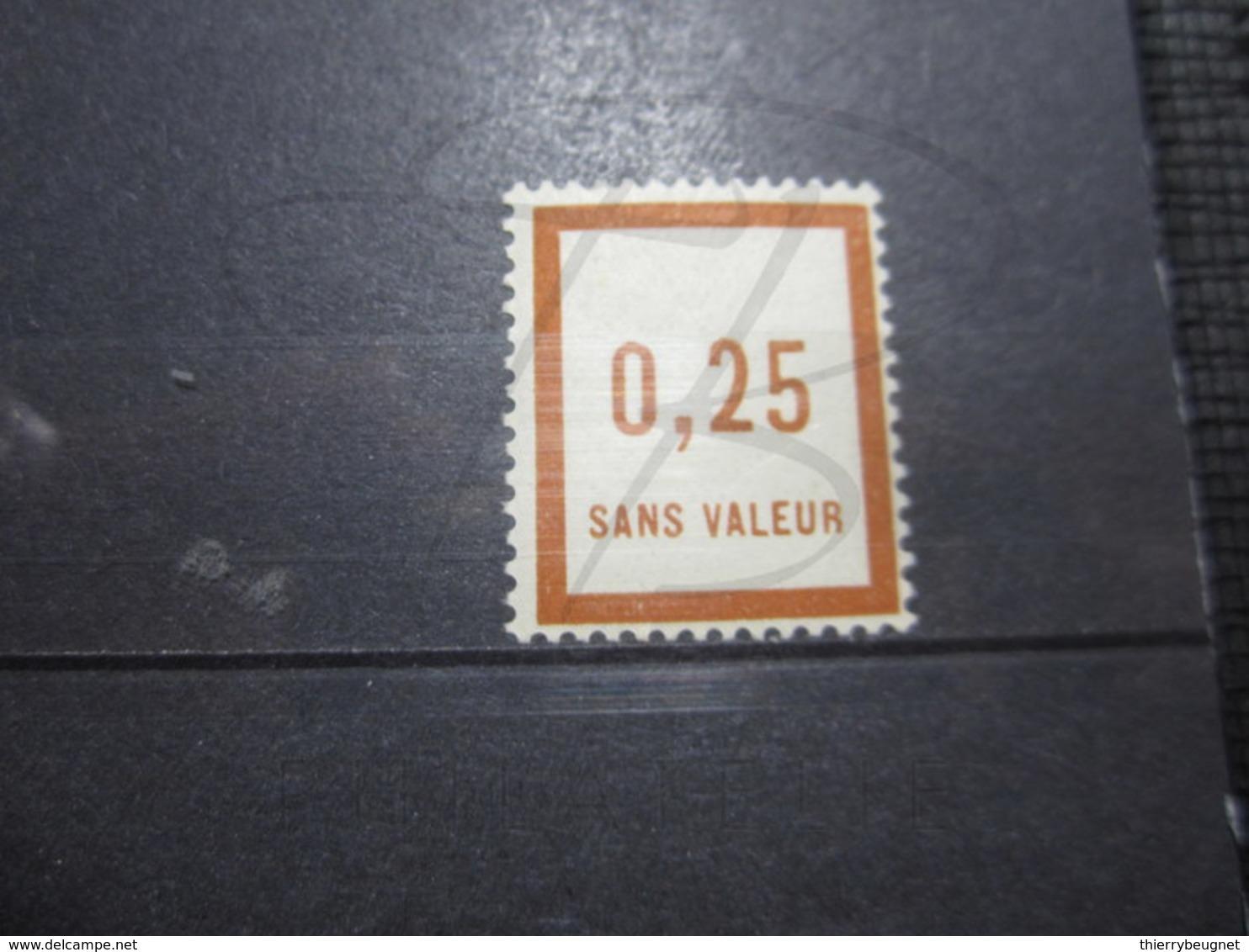 VEND BEAU TIMBRE FICTIF DE FRANCE N° F8 , XX !!! - Phantomausgaben