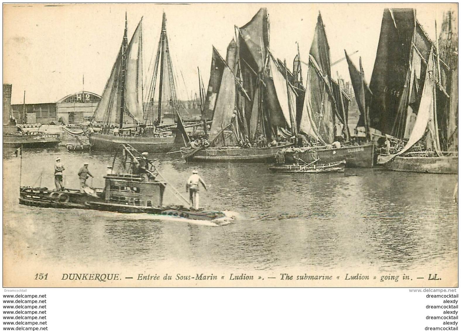 59 DUNKERQUE. Entrée Du Sous Marin LUDION Et Barques De Pêcheurs - Dunkerque