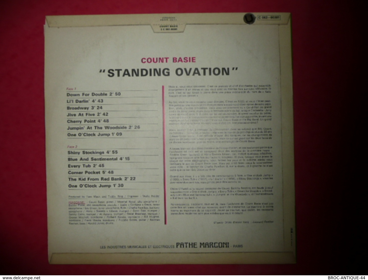 LP33 N°569 - COUNT BASIE - STANDING OVATION - COMPILATION 13 TITRES - Jazz