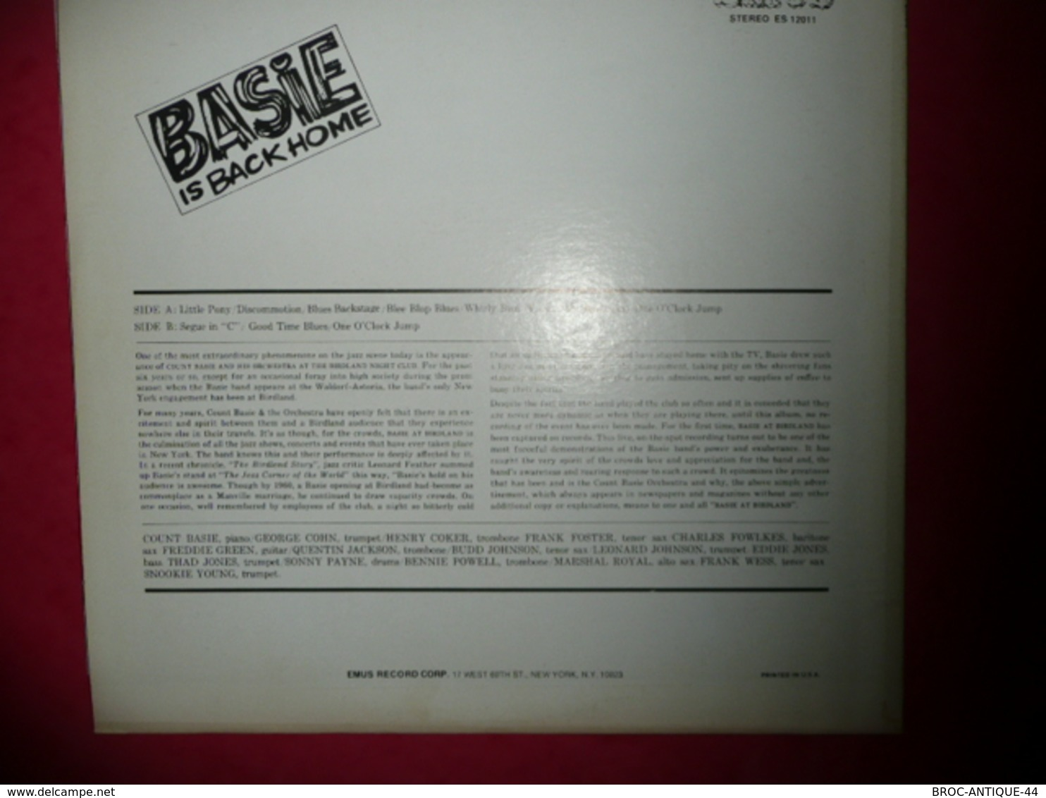 LP33 N°576 - BASIE AT BIRDLAND - RECORDED LIVE AT THE JAZZ CORNER OF THE WORLD - COMPILATION 9 TITRES - Jazz