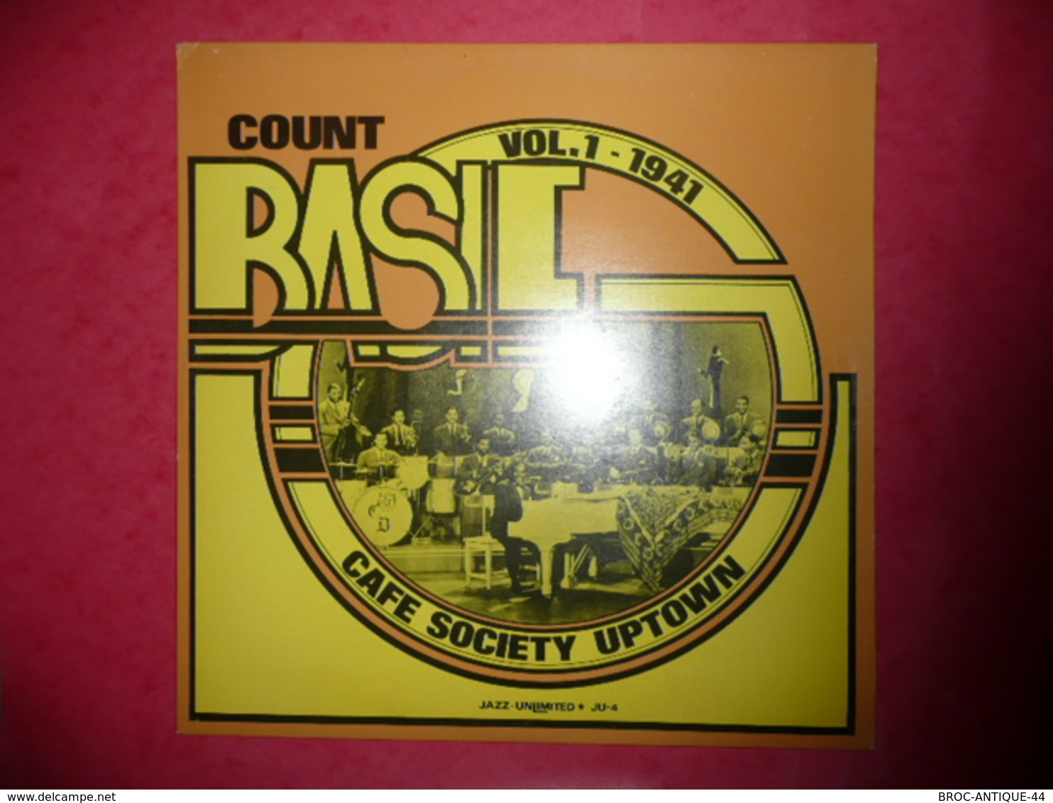 LP33 N°587 - COUNT BASIE - CAFE SOCIETY UPTOWN - VOL.1 - 1941 - COMPILATION 14 TITRES - Jazz
