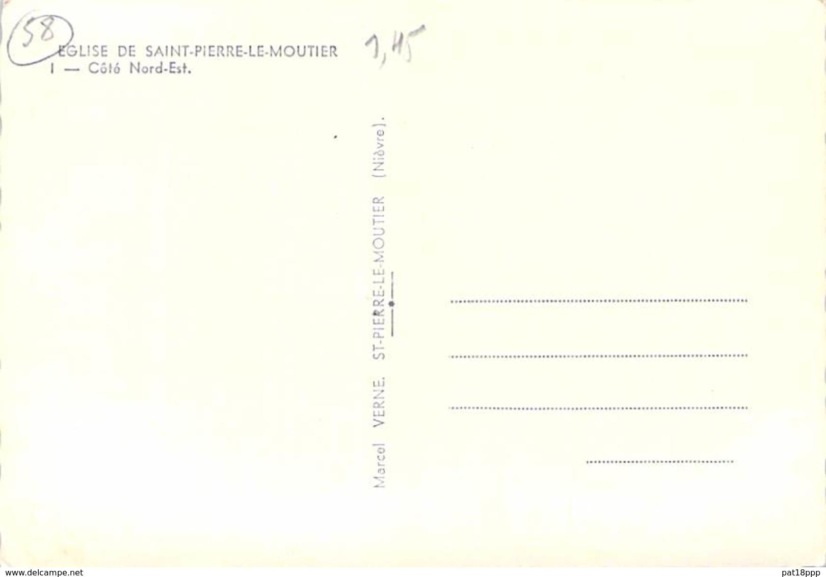 58 - ST PIERRE LE MOUTIER - Eglise  Côté Nord Est ( 2 CV Citroen )  CPSM Noir Et Blanc Grand Format - Nièvre - Saint Pierre Le Moutier