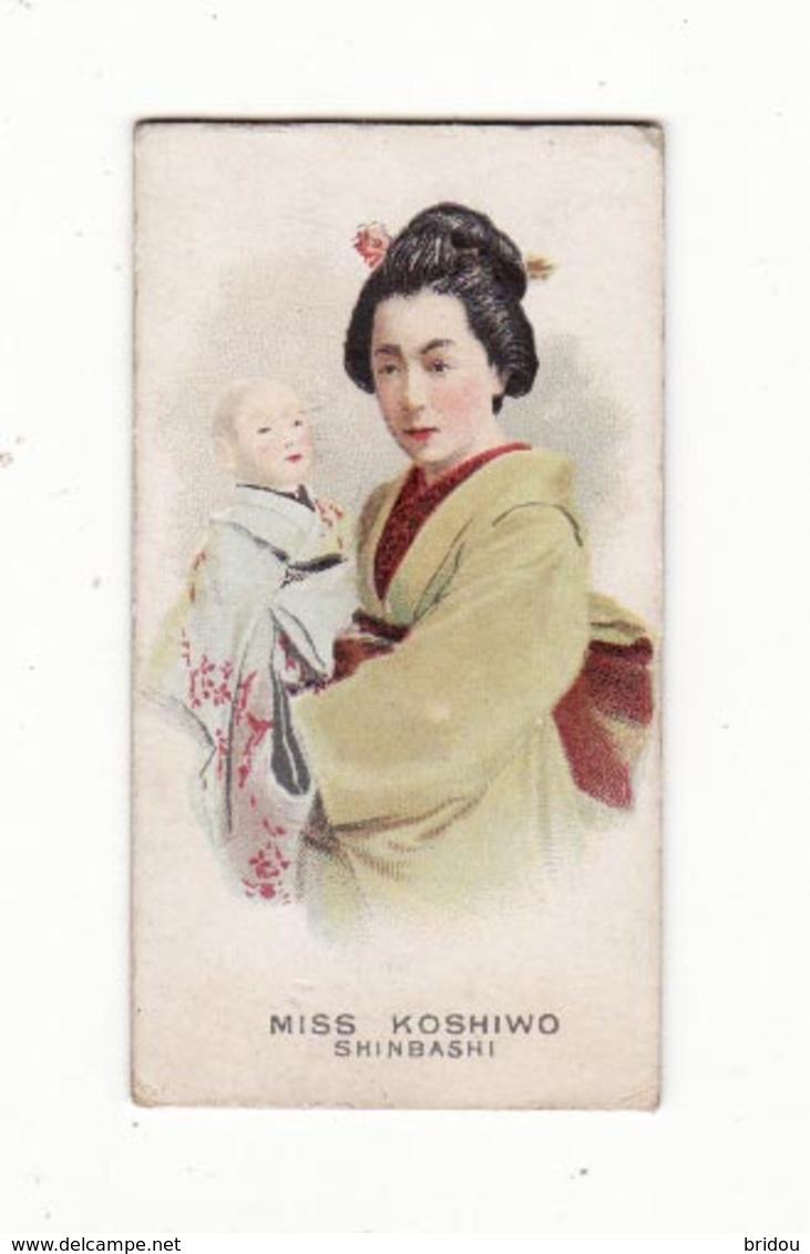 Chromo  THE AMERICAN TOBACCO CO   Japon   Miss Koshiwo   Shinbashi    7 X 3.7 Cm - Sigarette