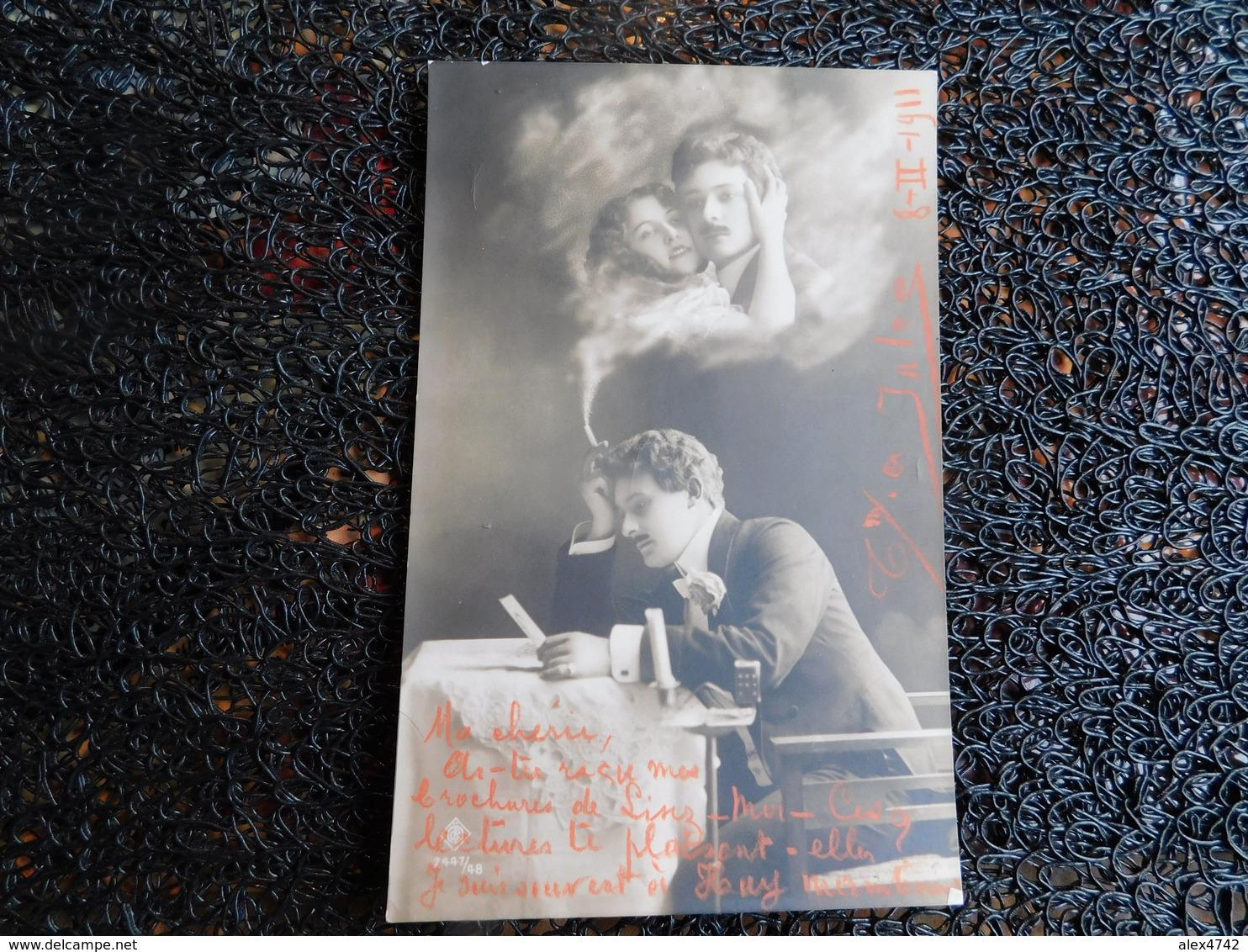 Photomontage, Homme Pensif, Couple Dans La Fumée De Sa Cigarette, Bougie   (Z6) - Couples