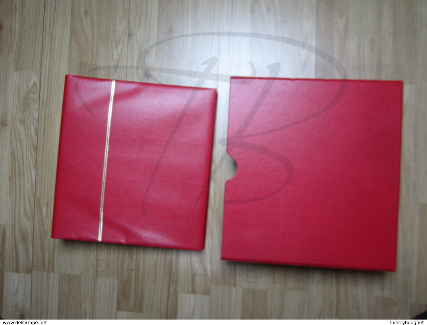 VEND ALBUM YVERT & TELLIER POUR BANDES CARNETS , AVEC BOITIER , ROUGE !!! (b) - Binders With Pages