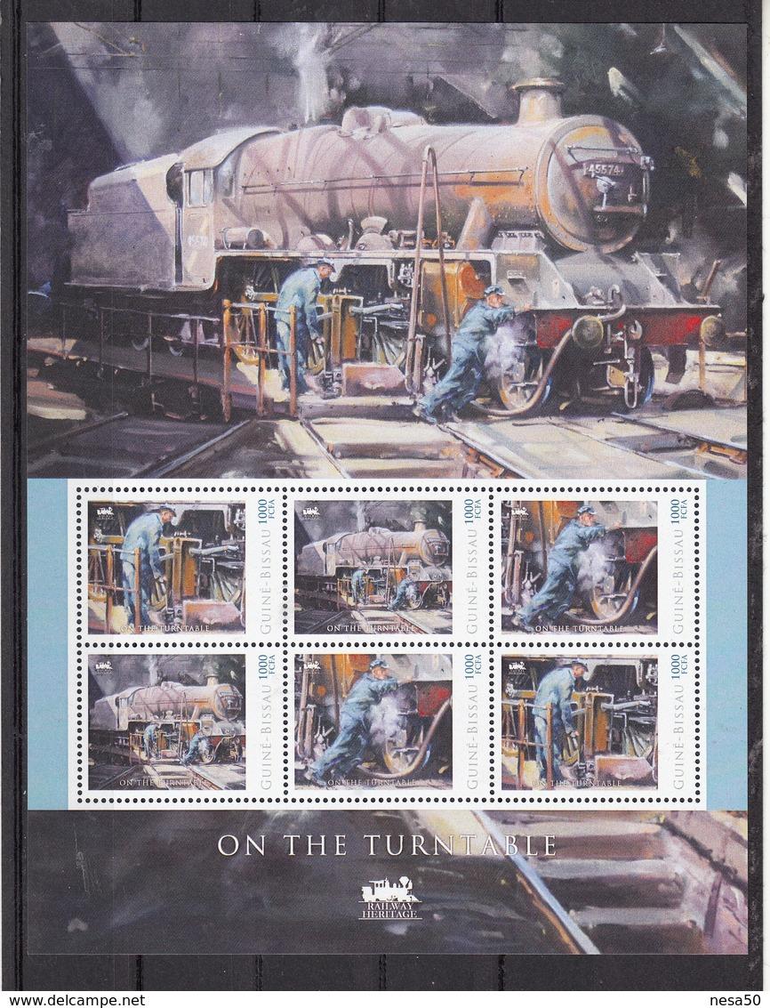 Trein, Train, Locomotive, Eisenbahn : Railway Heritage: Guinee Bissau, On The Turntable - Treinen