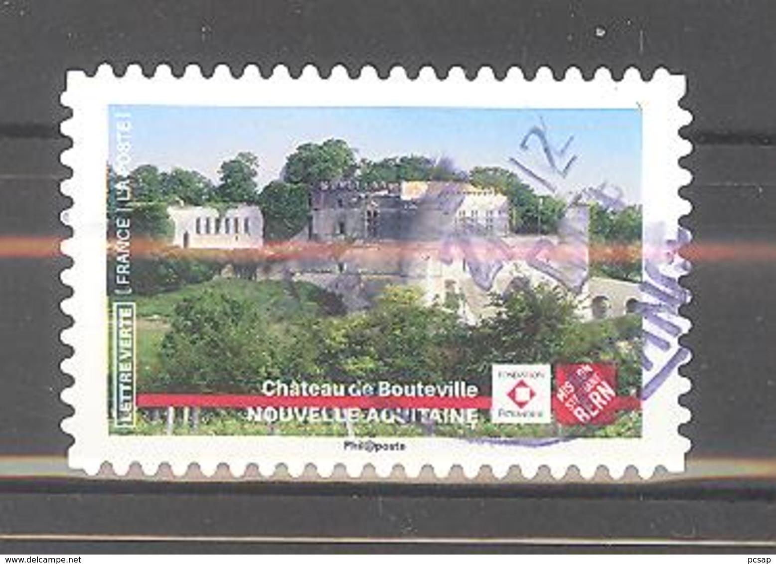 France Autoadhésif Oblitéré (Ensemble Sauvons Notre Patrimoine : Château De Bouteville) (cachet Rond) - France