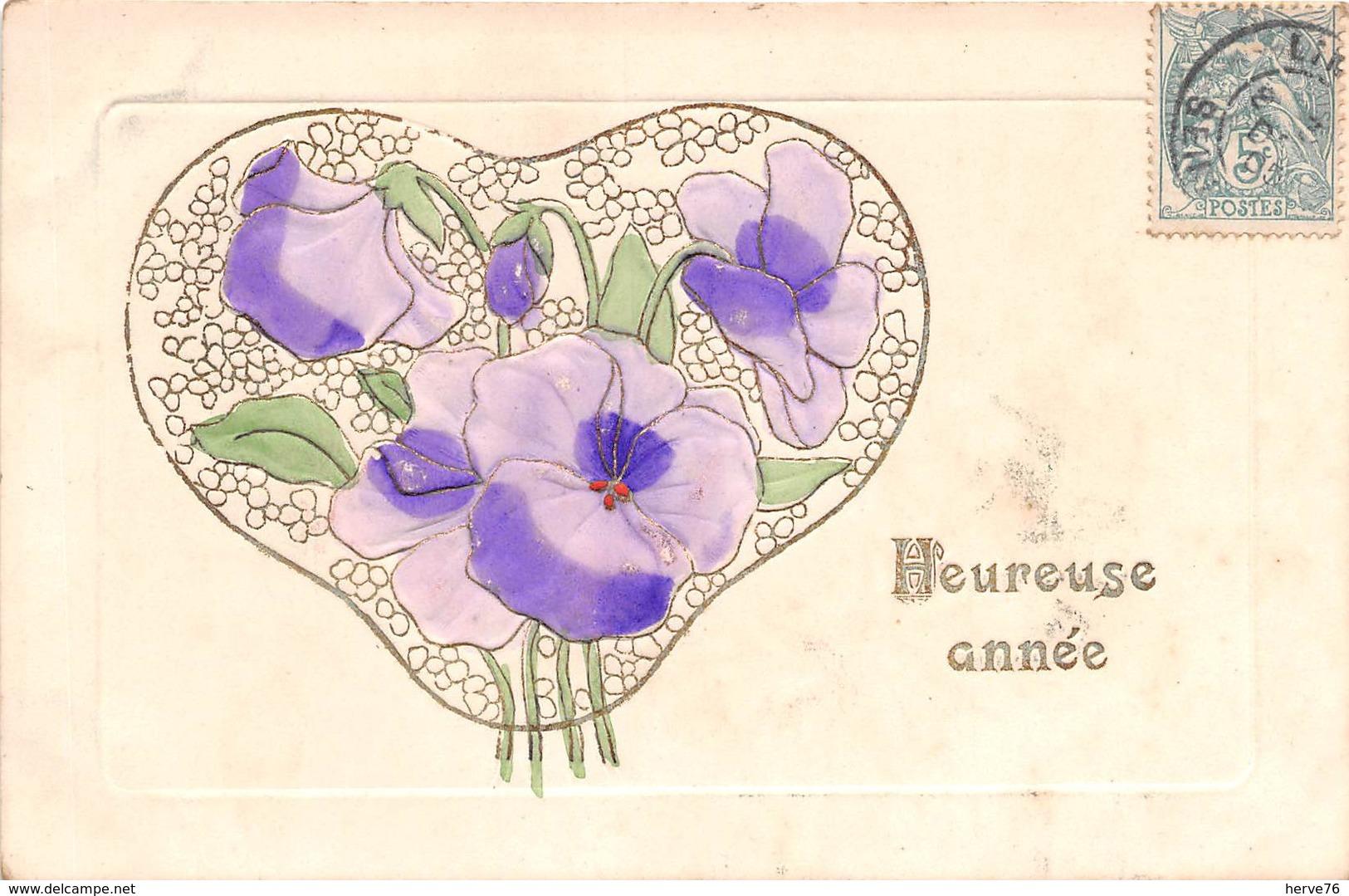 CPA Fantaisie Gaufrée - Fleurs - Heureuse Année - (style Art Nouveau) - Nouvel An
