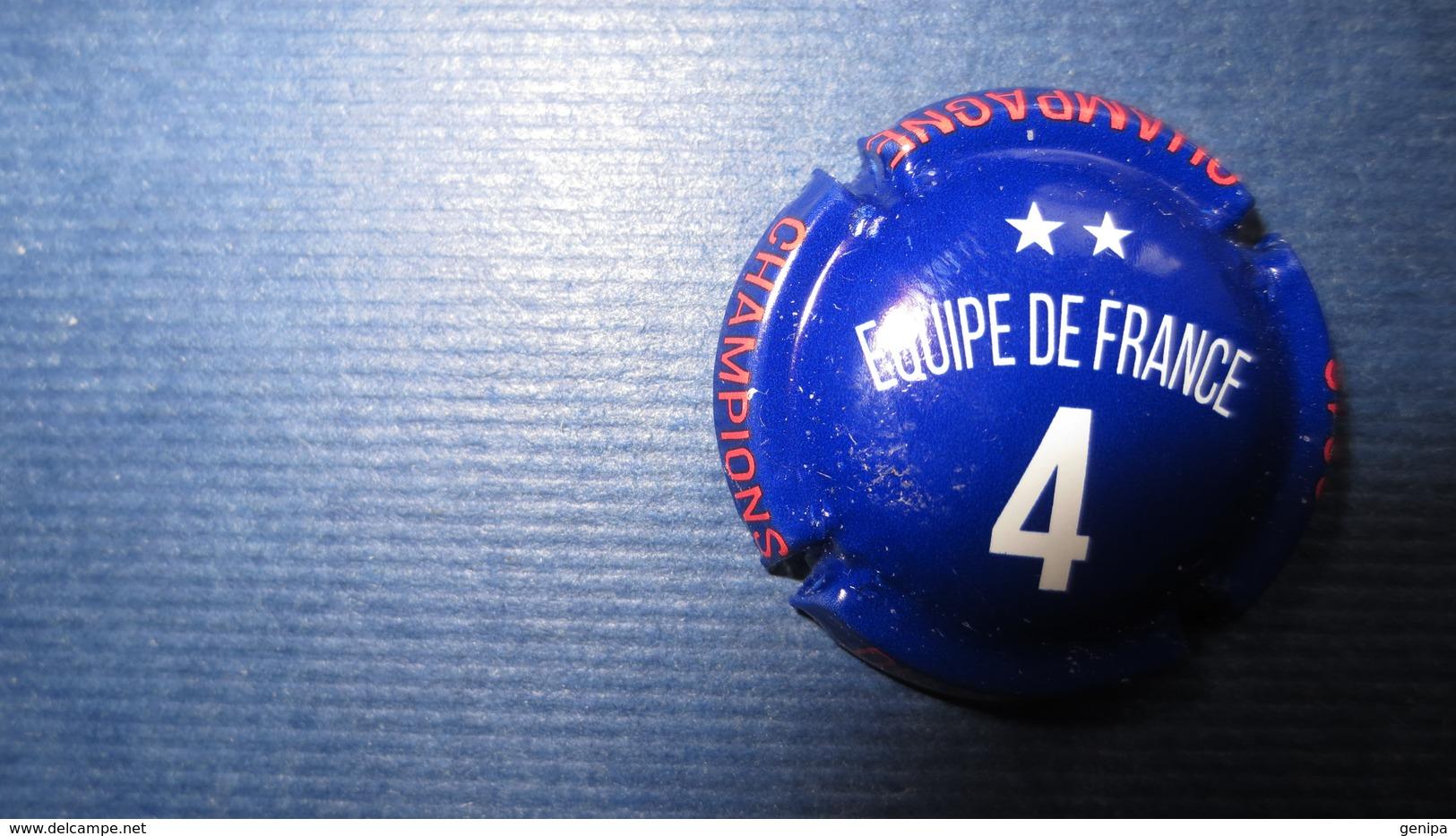 CAPSULE CHAMPAGNE CHAMPION DU MONDE. Equipe De France N°4 - Champagne