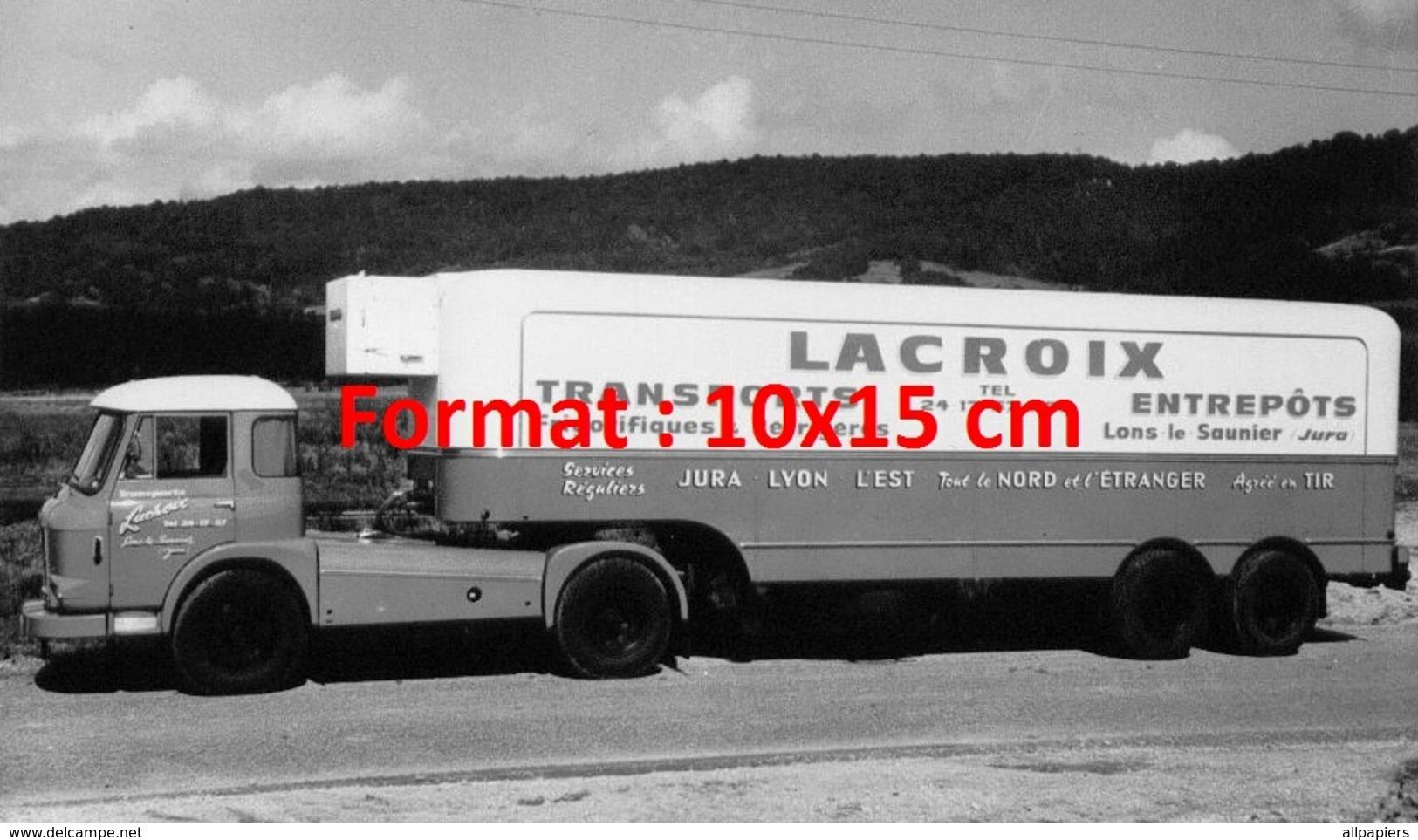 Reproduction D'une Photographie Ancienne D'un Camion Et Remorque Des Transports Et Entrepôts Lacroix - Reproductions