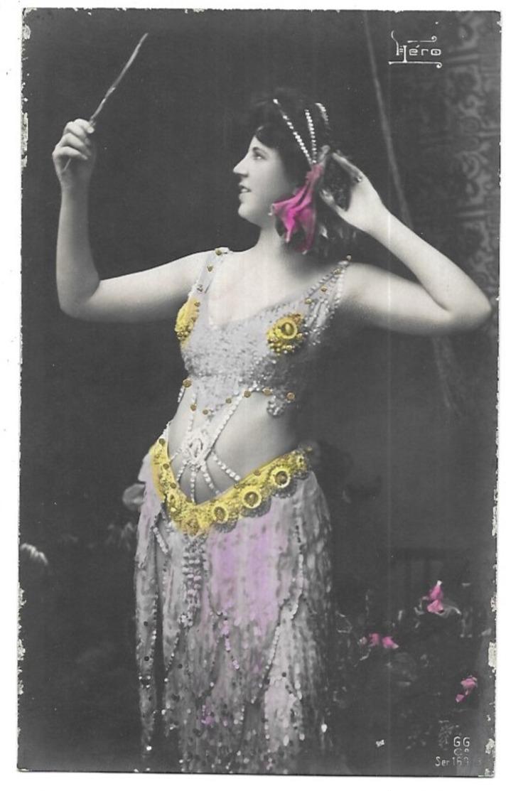 Héro Danseuse Orientale - Artistes