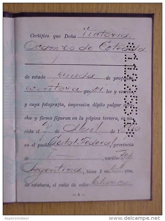VICTORIA OCAMPO SUS ANTEOJOS LUGENE NEW YORK.  SU PASAPORTE  CARNETS DEL FONDO NACIONAL DE LAS ARTES - Historical Documents
