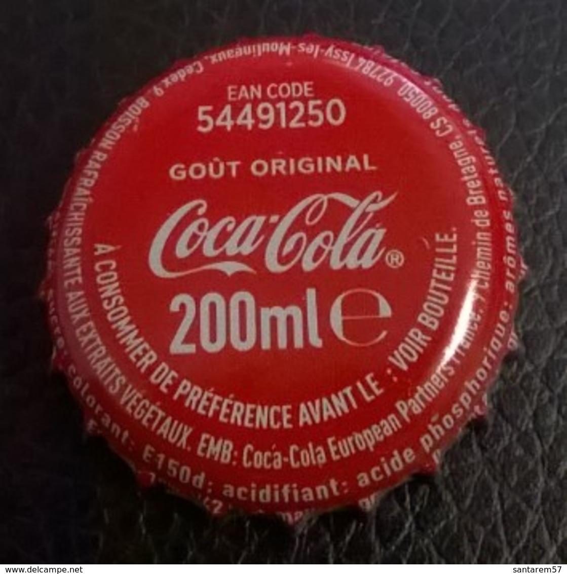 France Capsule Crown Cap Coca Cola Rouge EAN Code 54491250 Goût Original - Soda